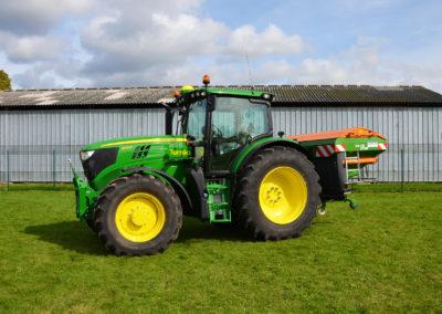 tracteur_Terea6145_john_deere_machineB